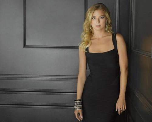 Season 2 - Cast - Promotional चित्र - Emily VanCamp