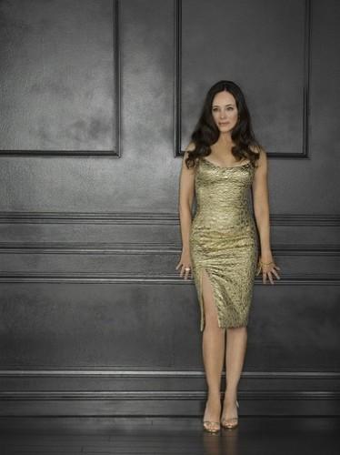 Season 2 - Cast - Promotional चित्र - Madeleine Stowe