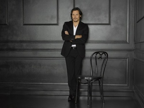 Season 2 - Cast - Promotional Photo - Nick Wechsler - revenge Photo