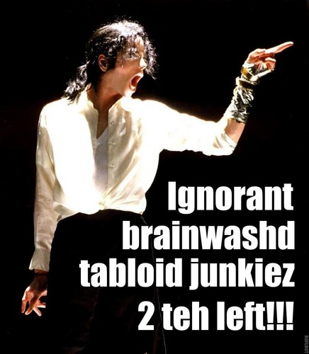TABLOID JUNKIES TO THE LEFT!!!
