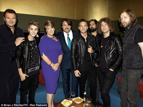 The Killers images The Killers on the Jonathan ross Show w/ Justin bieber and Liam Nelson wallpaper and background photos