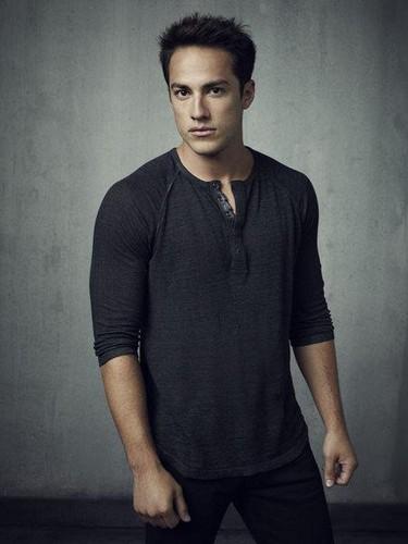 The Vampire Diaries Season 4 Promo Photoshoot