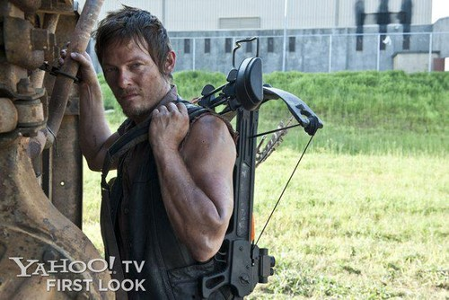 The Walking Dead پیپر وال entitled The Walking Dead Season 3: Daryl