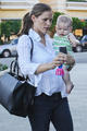 The family out for an ice cream - ben-affleck-and-jennifer-garner photo