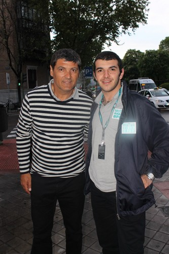 Toni Nadal and fan