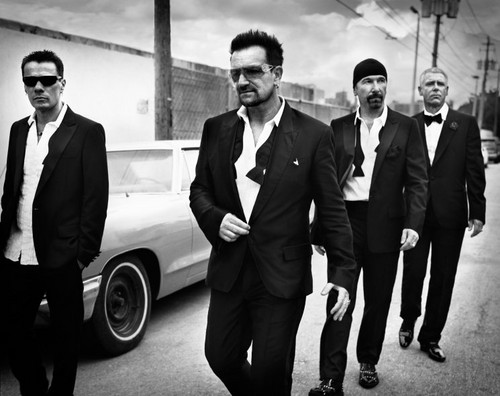 U2 壁紙 with a business suit, a suit, and a dress suit titled U2 (GQ Magazine)