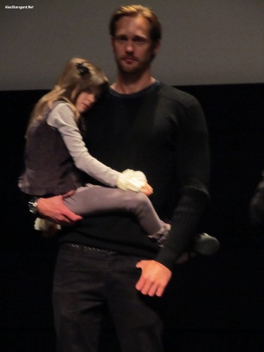 Alexander Skarsgård fondo de pantalla probably with a business suit called What Maisie Knew Q&A at TIFF