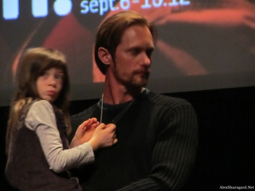 Alexander Skarsgård wallpaper possibly with a concert, a business suit, and a sign called What Maisie Knew Q&A at TIFF