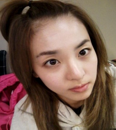 dara 2ne1 without make up