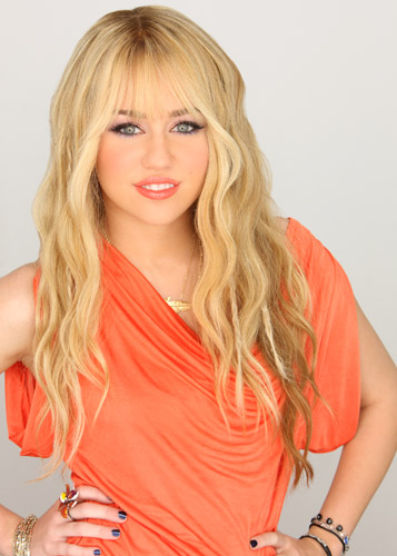 Hannah Montana wallpaper containing a portrait called hm