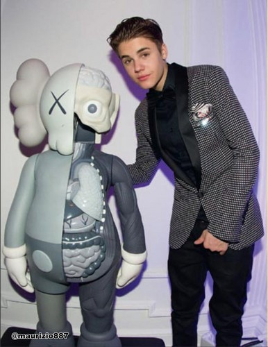 justin bieber,Just Getting Started , 2012