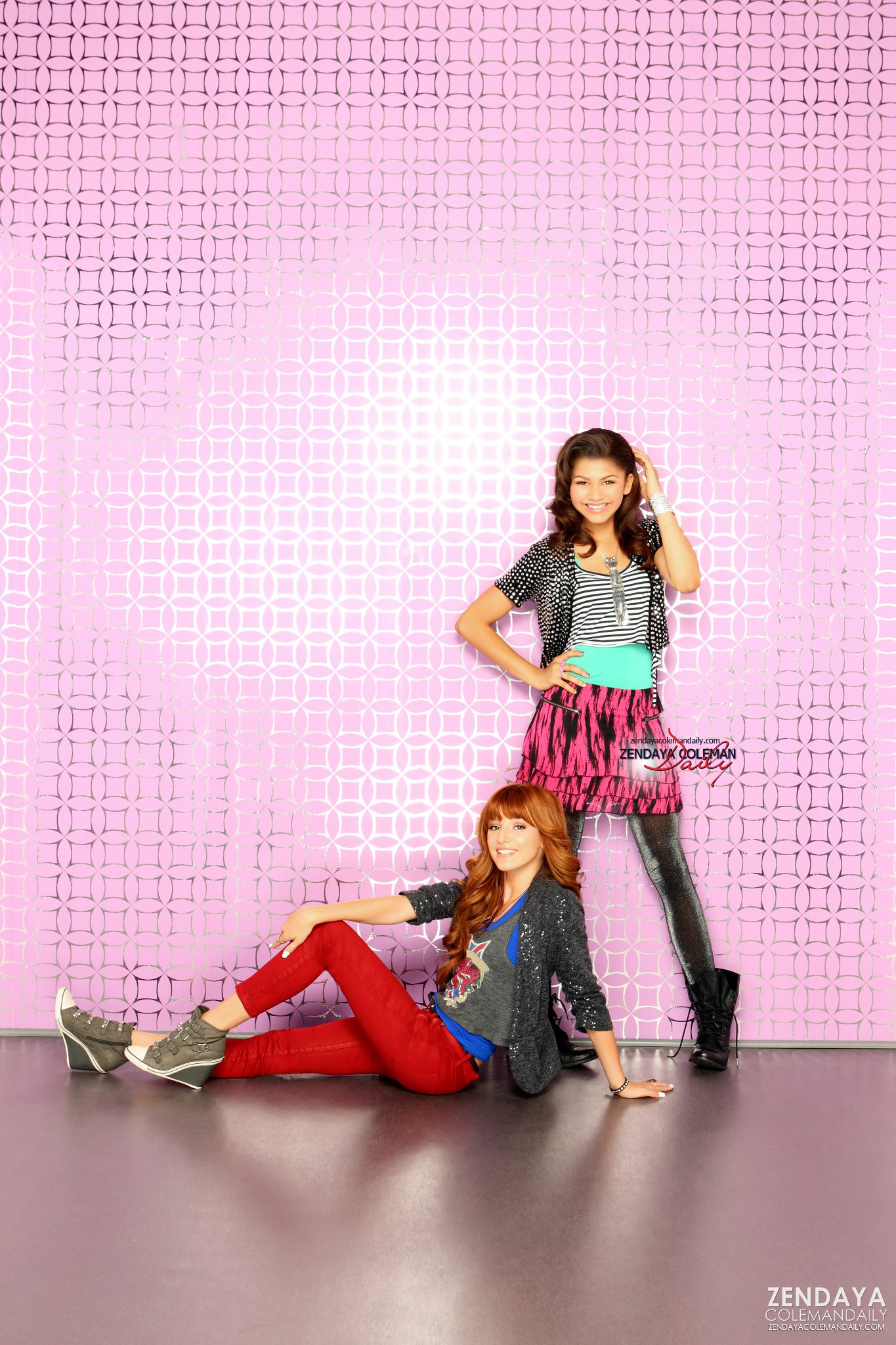 who is rocky from shake it up dating The hit disney show, shake it up has become a worldwide phenomenon being watched by millions of people all over the world the show stars two teenage girls, cece jones and rocky blue, played by bella thorne and zendaya respectively.