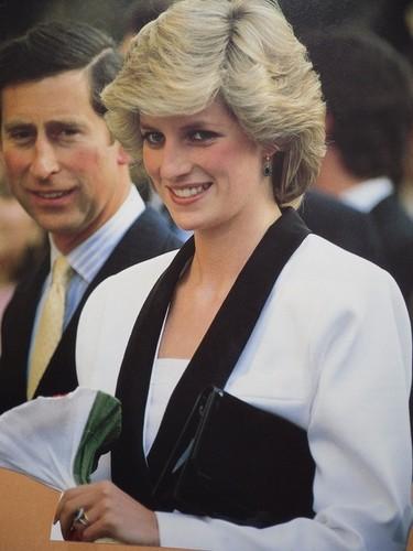 Prinzessin Diana Hintergrund called princess of wales