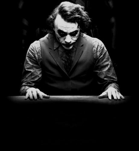 The Joker kertas dinding titled the joker