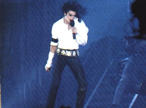 Michael Jackson Hintergrund with a konzert titled ☆ Mike ☆