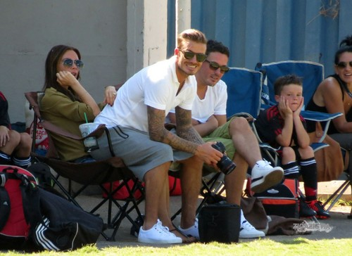 Sept. 23rd - LA - The Beckhams watching the boys play 足球