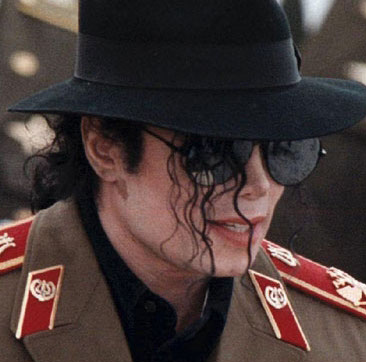 Michael Jackson wallpaper with a fedora and a campaign hat entitled || The Vitiligo Proof ||