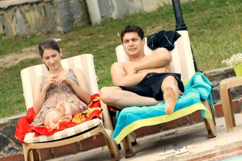 Hazal Kaya Cagatay Ulusoy Interview Ulusoy And Hazal Kaya