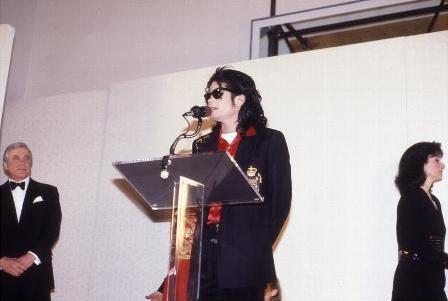 Michael Jackson wallpaper titled Майкл