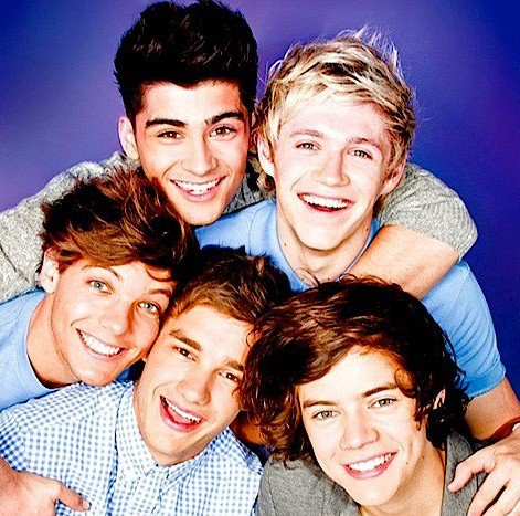 1D - Live while we're young!!!<333