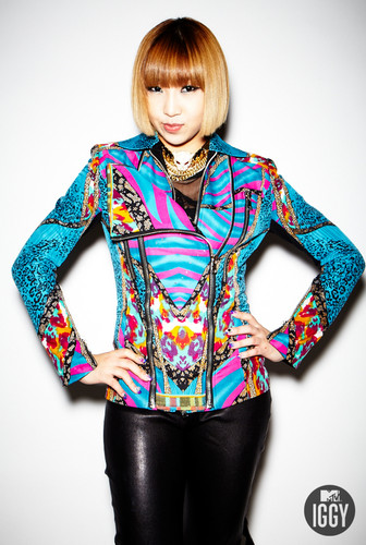 2NE1 MTV Iggy photoshoot