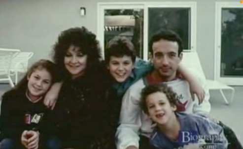 Boy Meets World wallpaper possibly containing a portrait entitled Ben Savage with his family