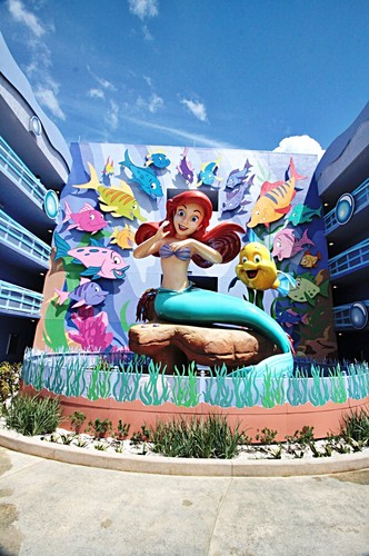 Disney's Art of اندازی حرکت Resort - Princess Ariel & فلاؤنڈر, موآ