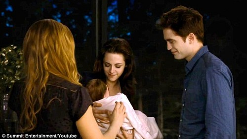 Edward+Renesmee+Bella Bd