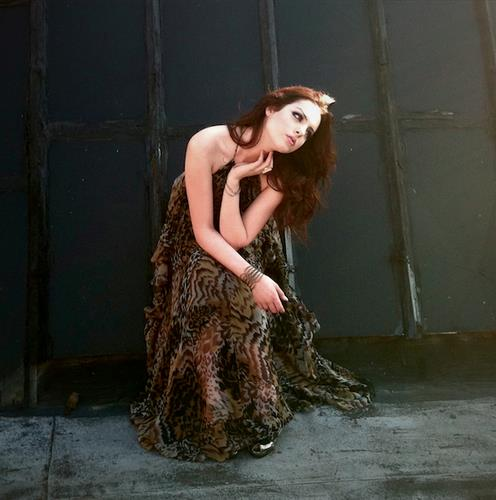Elizabeth Gillies <3