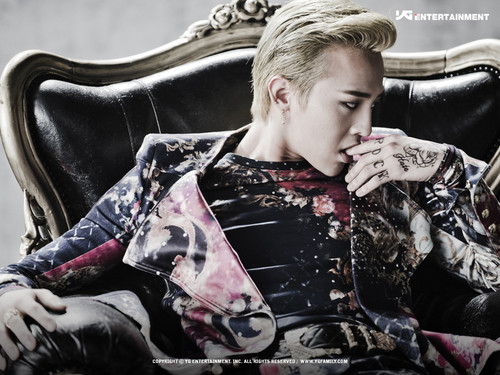 """G-Dragon's concept foto for """"That XX"""""""