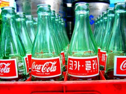 Hanja コーラ bottles