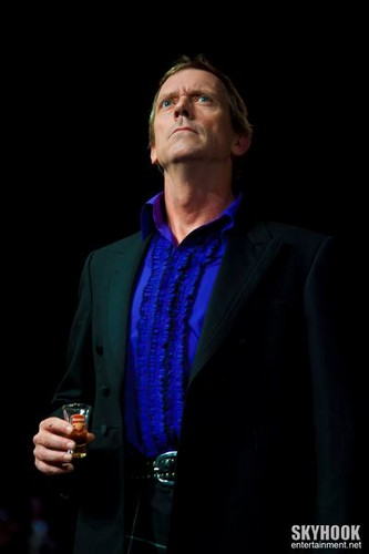 Hugh Laurie- show, concerto The Grand Ballroom at Manhattan Center Studios 10.09.2012