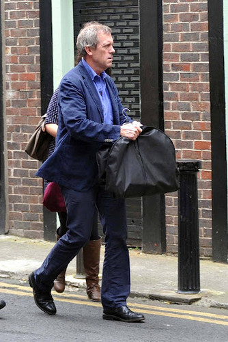 Hugh Laurie is seen exiting a tuxedo rental toko on Grafton jalan, street 19.09.2012