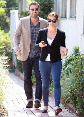 Jen and Ben take a stroll