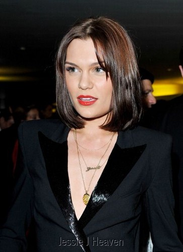 Jessie J at the GQ Men of the năm Awards 2012 (04092012)