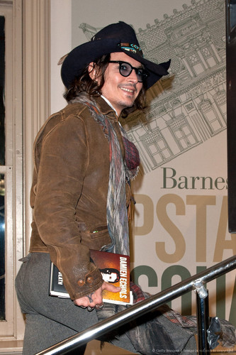 Johnny @ B&N book signing, Sept 21 2012