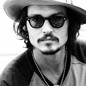 Johnny Depp wallpaper with a boater, a fedora, and a porkpie titled Johnny