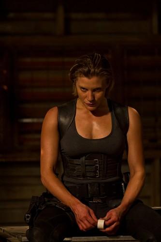 Katee Sackhoff in Riddick 3