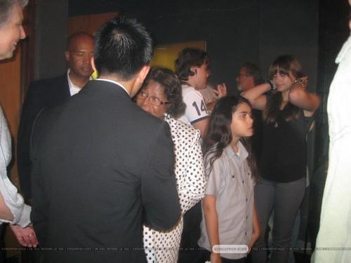 Katherine Jackson, Prince Jackson, Blanket Jackson and Paris Jackson ♥♥