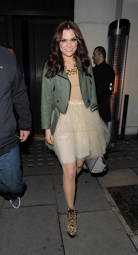 Jessie J wallpaper with a hip boot titled Leaving Hakasan Restaurant, London, England - September 21, 2012