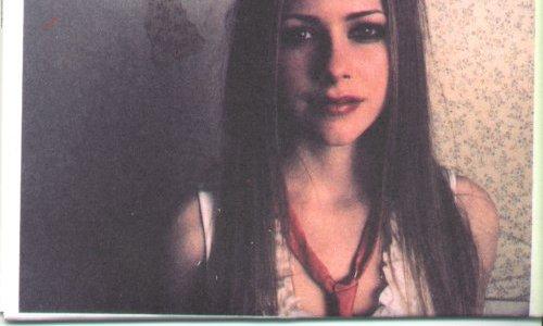 Let Go Album Shoot 2002 - Avril Lavigne Photo (32250624 ...