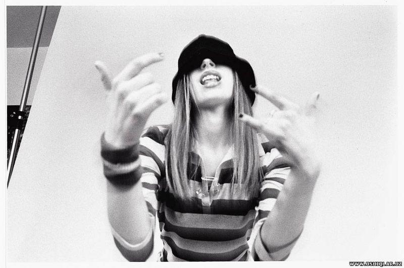 Let Go Album Shoot 2002 - Avril Lavigne Photo (32250640 ...