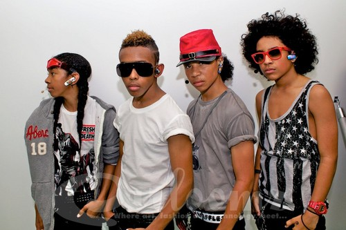 Roc Royal (Mindless Behavior) wallpaper with sunglasses called MB Yall!!!!