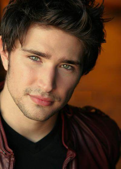 Matt Dallas - Hottest Actors Photo (32202779) - Fanpop Fanclubs