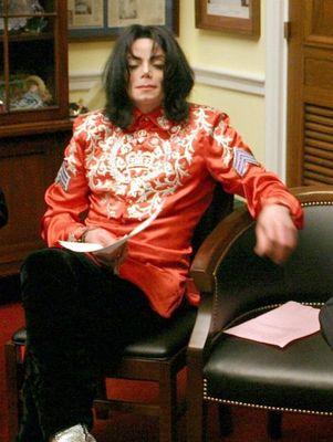 마이클 잭슨 바탕화면 possibly with a family room and a living room entitled Michael, 당신 Send Me