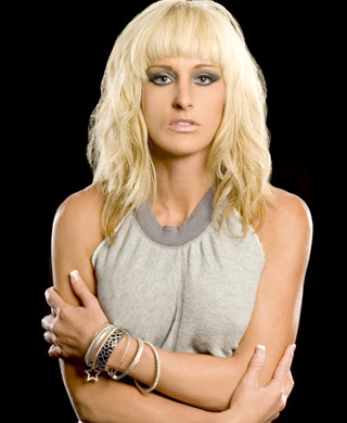 Michelle-McCool-Photoshoot-Flashback-michelle-mccool-32252690-320-390.jpg