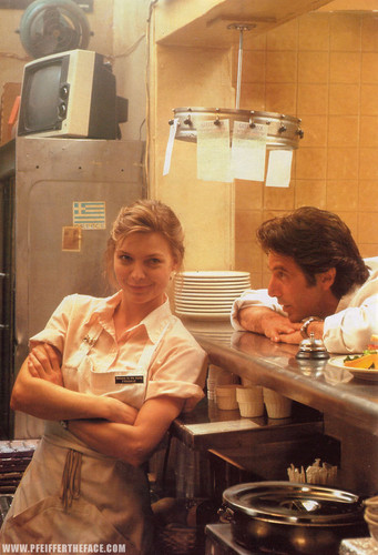 Michelle and Al Pacino in Frankie and Johnny