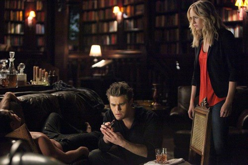 "New TVD promotional stills - 4x02: ""Memorial""."