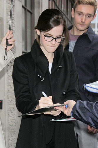 Outside the BBC Radio 1 studios in London (26.09.2012)