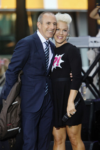 "rosa, -de-rosa Performs On NBC's ""Today"""